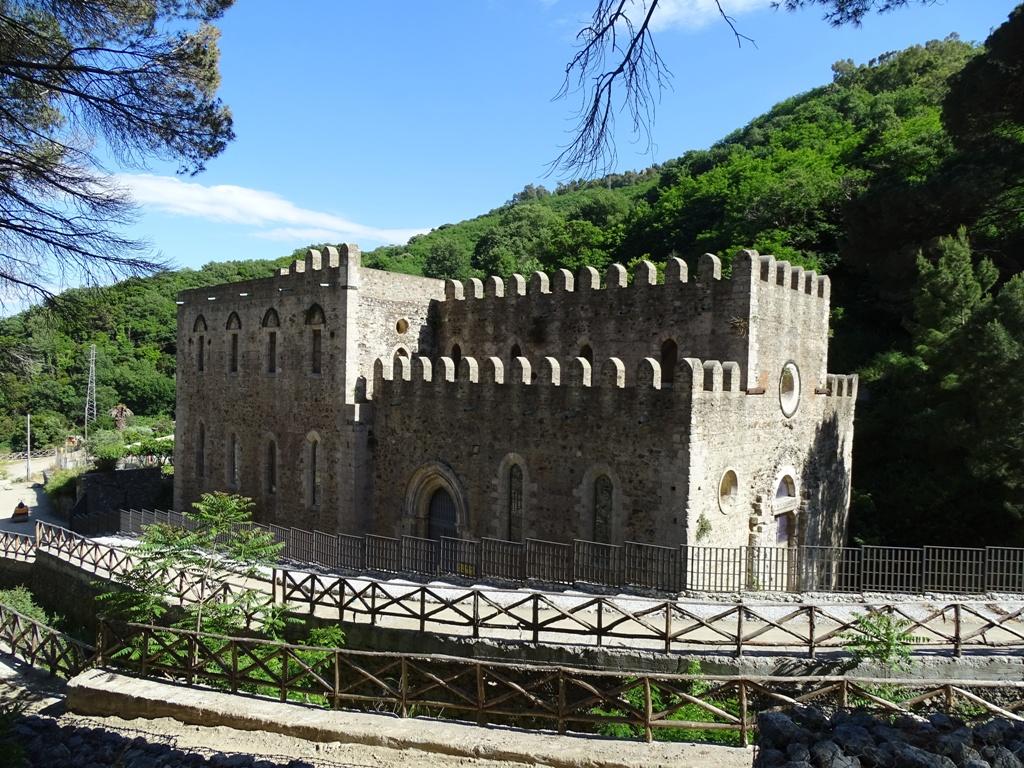 Chiesa S. Maria della Valle Badiazza