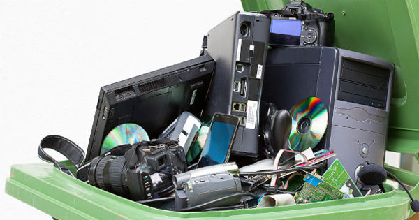 RACCOLTA DIFFERENZIATA - Guerra ai rifiuti elettrici ed elettronici