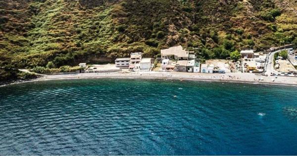 DISSESTO IDROGEOLOGICO - Lipari, in sicurezza la spiaggia di Canneto