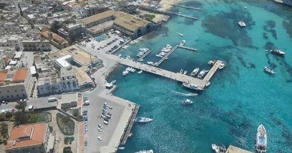 ISOLE MINORI - Favignana, venticinque milioni per il porto