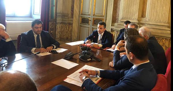 AGRICOLTURA - Bandiera incontra ministro su quote tonno e agrumi