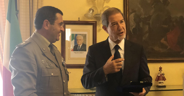 RAPPORTI ISTITUZIONALI - Musumeci in visita al Comando Militare Regione Sicilia