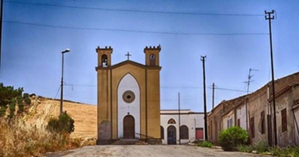 RAMACCA - Lavori nella chiesetta del Borgo Libertinia