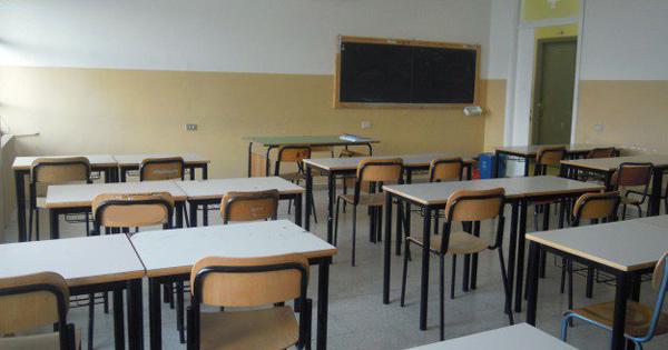 ISTRUZIONE - Scuola aperta a Ustica, Lagalla: