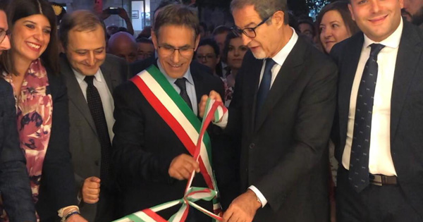 SANTA CATERINA VILLARMOSA - Musumeci inaugura il nuovo Palazzo municipale