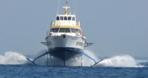 ISOLE MINORI - Centotrenta milioni per nuove navi e aliscafi