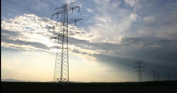 ENERGIA - Al via tavoli lavoro per attuare accordo con Terna