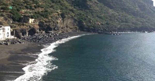 SALINA - Finanziato il recupero della spiaggia di Rinella