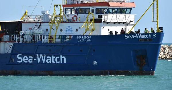 MIGRANTI A MESSINA - Musumeci: Quarantena a bordo o altro porto