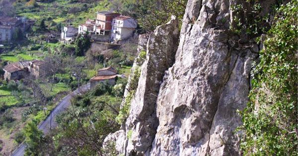 NOVARA DI SICILIA - Un progetto per mettere in sicurezza il centro abitato