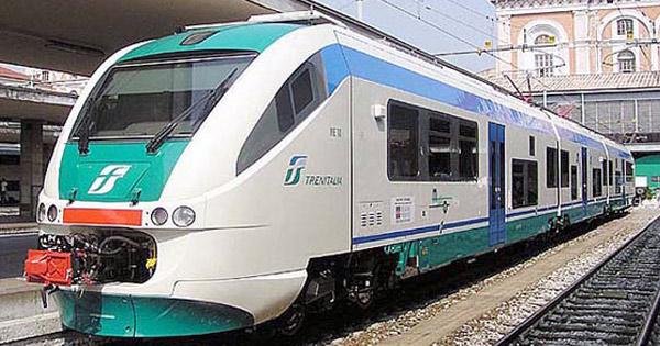 CORONAVIRUS - Treni, Falcone: Da domani ridotti dell'80 per cento