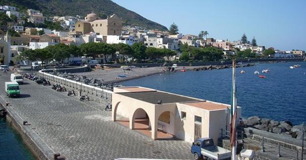 ISOLE MINORI - Porto di Santa Marina Salina, pubblicata la gara