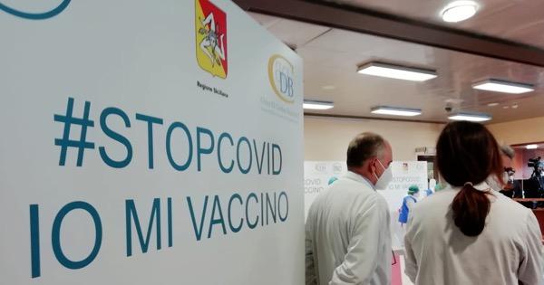COVID - In Sicilia già somministrati 36 mila vaccini