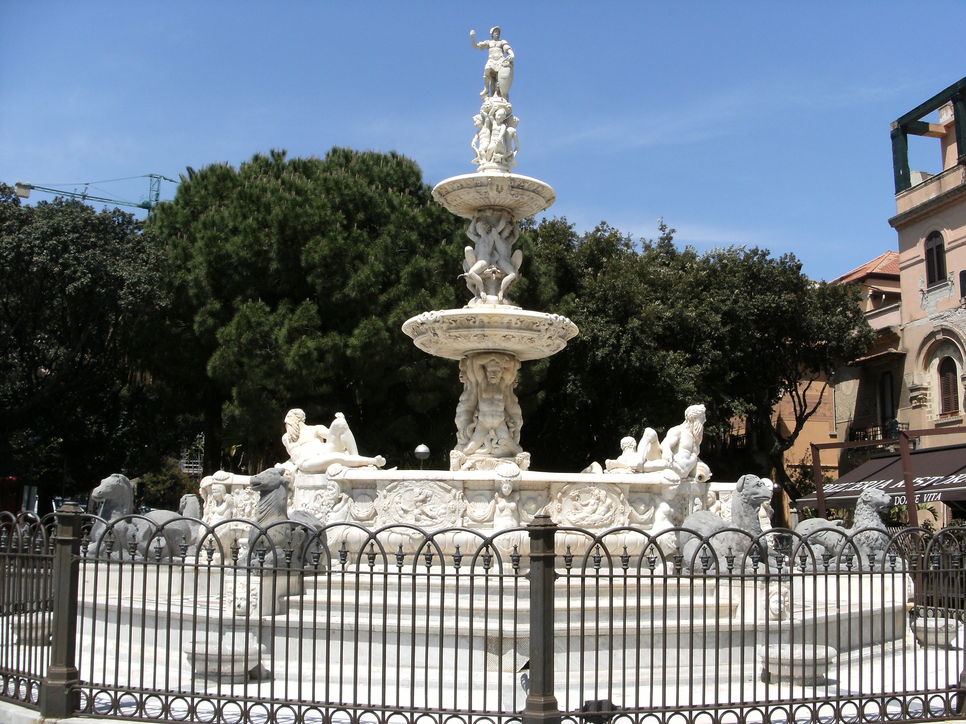 Messina: fontana Montorsoli