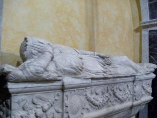 sarcofago adelasia