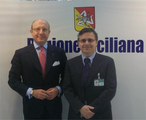 L'Assessore regionale dei beni culturali e dell'identità siciliana Gaetano Armao allo stand della Regione